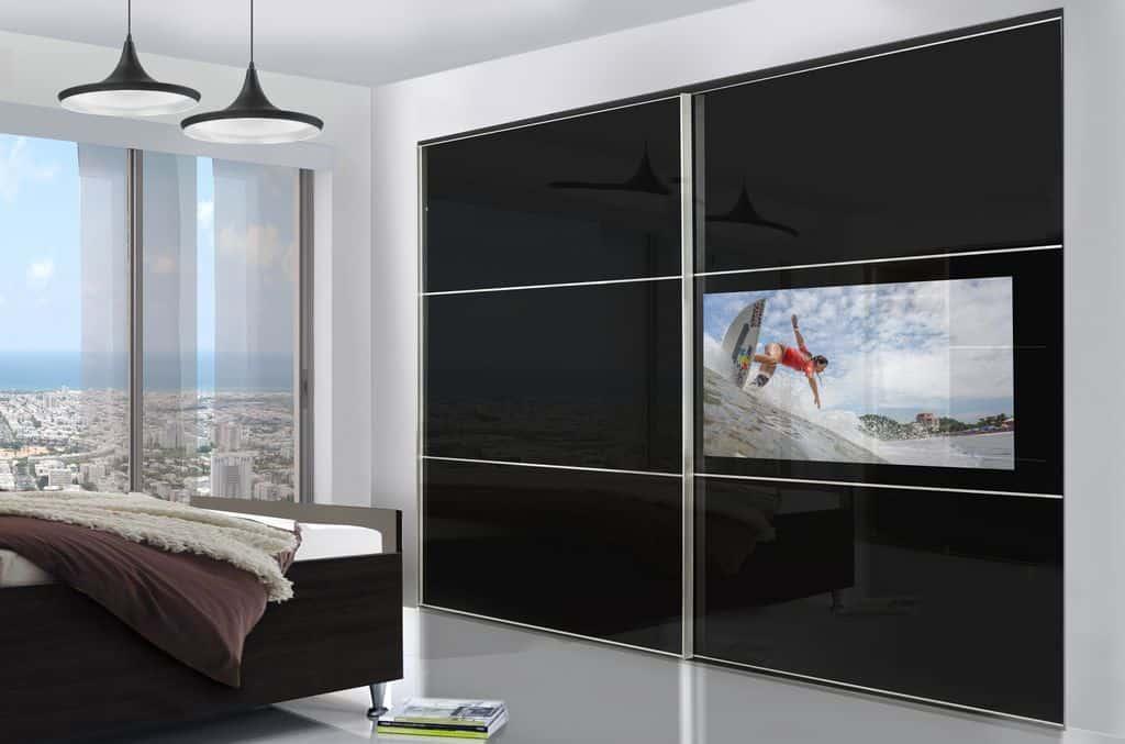 ארון הזזה דגם Kloss TV עם 2 דלתות המשלבות טלוויזיה בעיצוב שחור