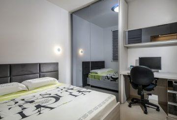 חדר שינה עם טכנולוגיה ועיצוב ייחודי